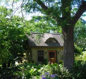 garden house Snyder CleveHill Garden View
