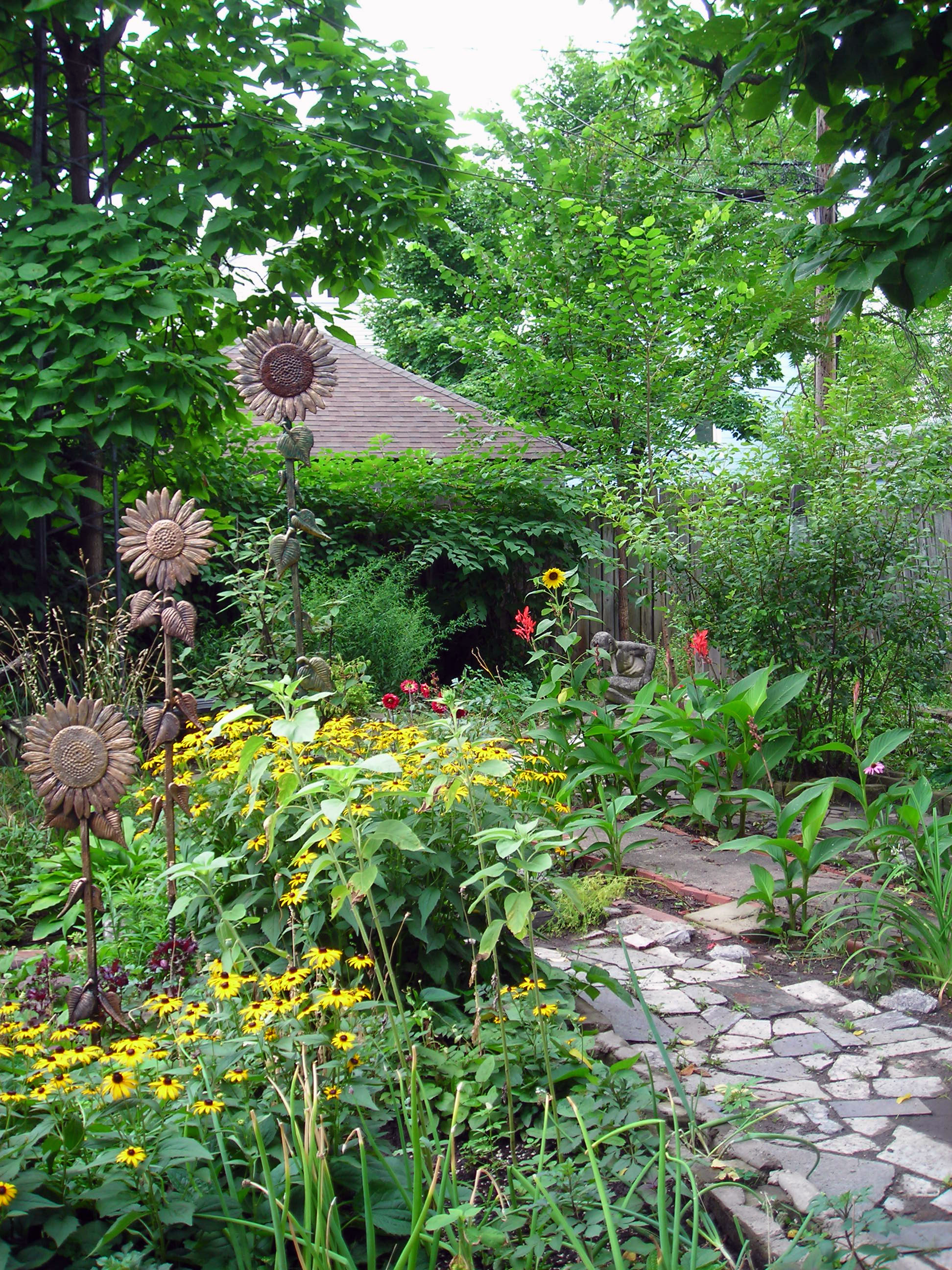 Look for a new name for gardening events: Garden Walk ...