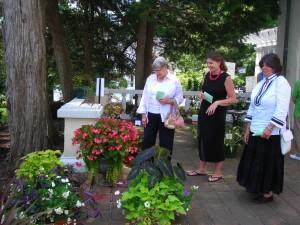visitors to East Aurora Garden Club flower show