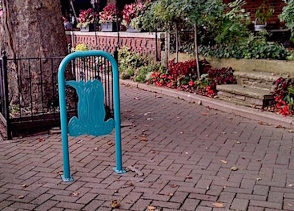 Bike rack near Red Coach Inn Niagara Falls NY