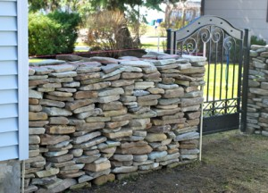Stone Wall Rise & Stand