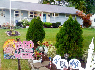 Youngstown NY Yard of the Week Stanisz