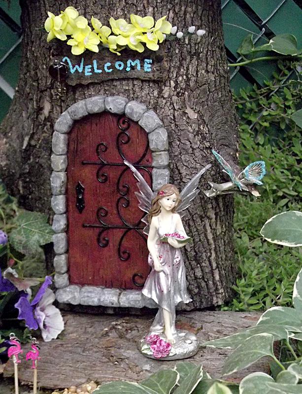 fairy garden on Riverside Garden Walk in Buffalo NY