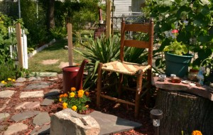 garden seating in Niagara Falls NY