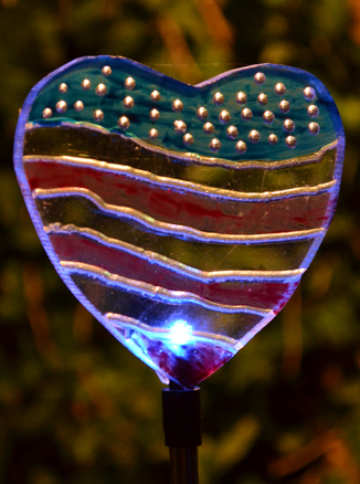 patriotic heart light for garden in Buffalo NY