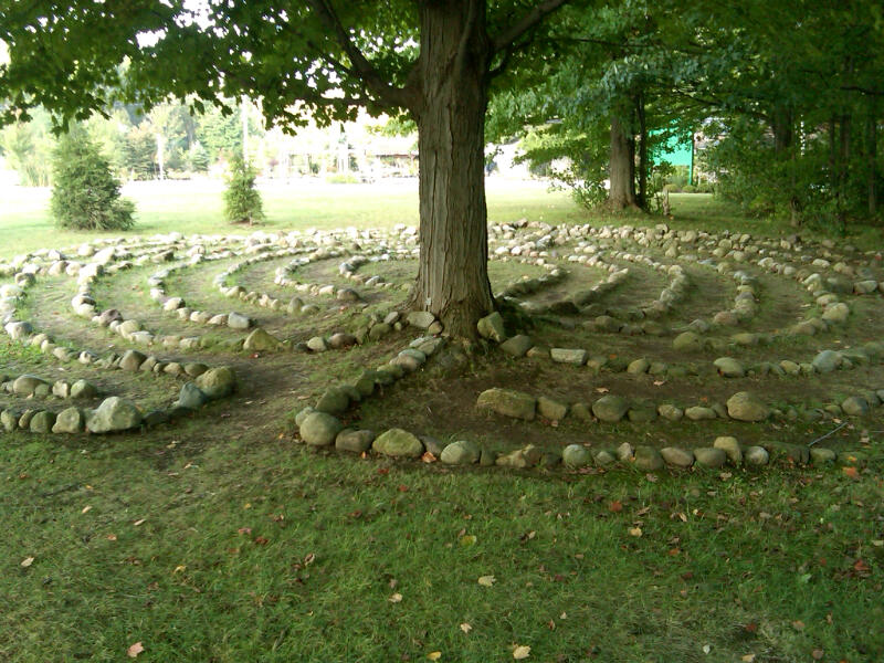 Garden labyrinths have long history find new popularity for Garden labyrinth designs