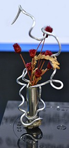 miniature design with wire at garden club convention in Buffalo NY