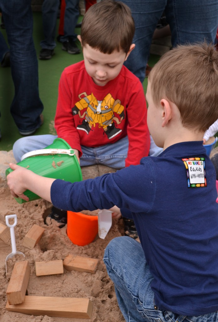 Joshua Wright, 4, left, and Matthew Wilczak, 4, play in the sand box.