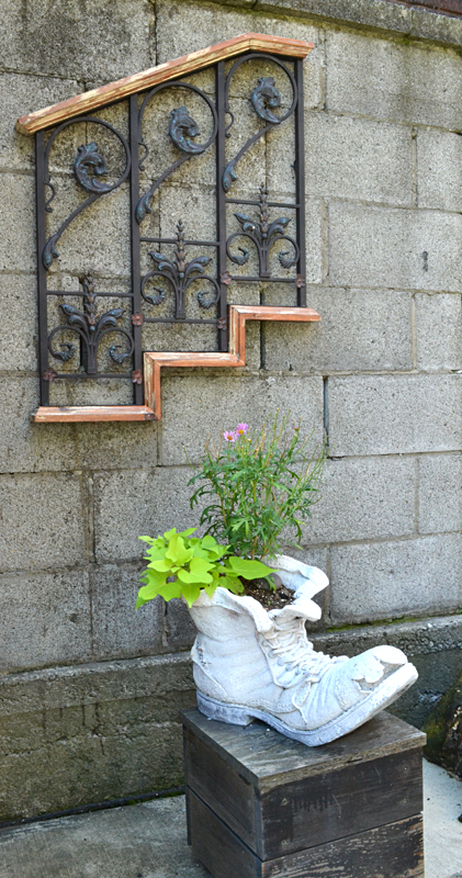 eramic shoe planter in Niagara Falls NY