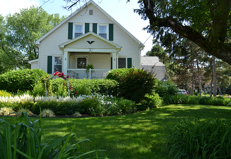 former farm house in West Seneca NY