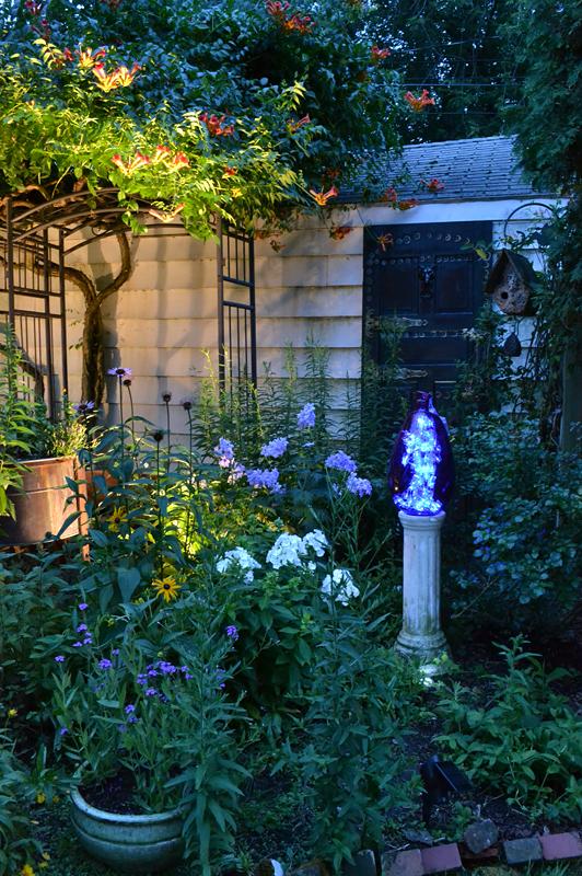 Morrocan themed garden in Tonawanda NY