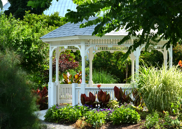 gazebo at Buffalo Botanical Gardens