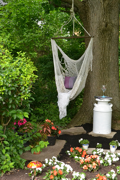 hammock in shady garden in Williamsville NY