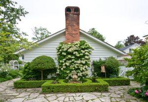 Niagara-on-the-Lake Garden Tour 2015 chimney