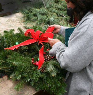 decorating wreath