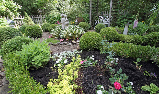 Secret Garden Tour in Jamestown, New York