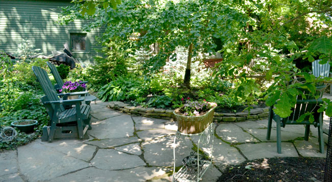 patio in backyard on Parkside Garden Tour