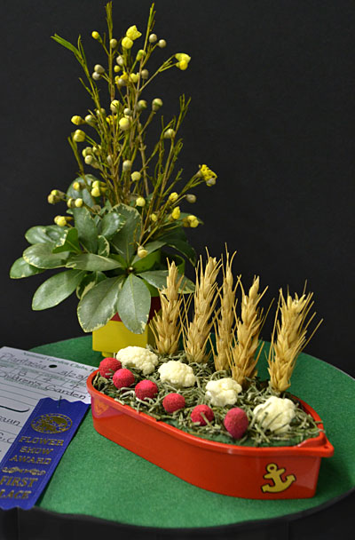 flower show in Western New York boat