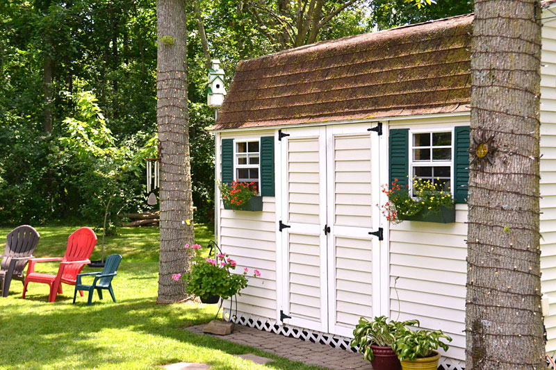 shed with flower boxes on Grand Island