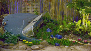 beached boat in Menne garden at Plantasia 2019