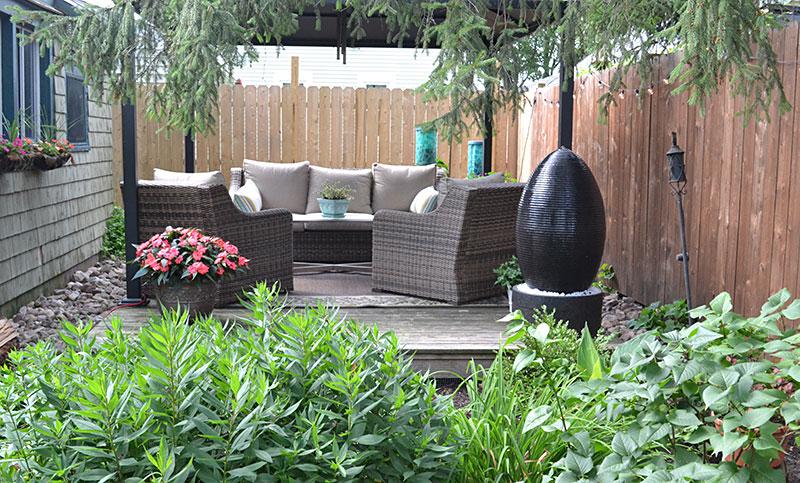 deck in backyard in South Buffalo