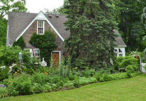 lush front garden in Lockport NY