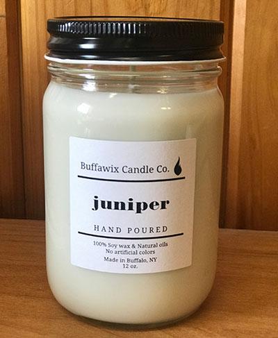 Lockwood's prize juniper candle
